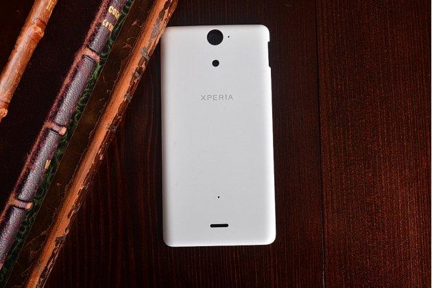 Родная оригинальная задняя крышка-панель которая шла в комплекте для Sony Xperia V (LT25i)  белая