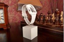 Фирменный сменный силиконовый ремешок для умных смарт-часов Apple Watch 38mm белого цвета