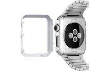 Фирменный ультра-тонкий пластиковый чехол-бампер-накладка с функцией включения /выключения для умных смарт-часов Apple Watch 38mm белого цвета