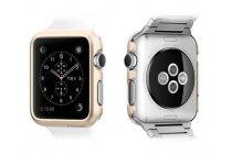 Фирменный ультра-тонкий пластиковый чехол-бампер-накладка с функцией включения /выключения для умных смарт-часов Apple Watch 42mm золотого цвета