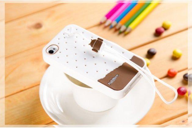 """Фирменная необычная уникальная полимерная мягкая задняя панель-чехол-накладка для iPhone 4/4S """"тематика Андроид в Белом Шоколаде"""""""