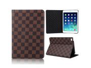Фирменный чехол-обложка для iPad mini 4 в клетку коричневый кожаный..