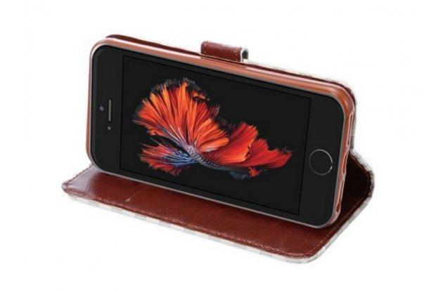 Фирменный чехол-книжка из кожи с мульти-подставкой застёжкой и визитницей для iPhone SE белый в клетку