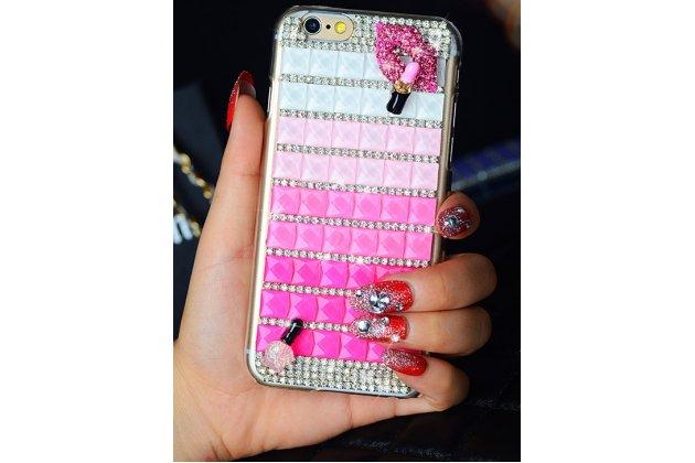 Фирменная роскошная элитная пластиковая задняя панель-накладка украшенная стразами кристалликами и декорированная элементами для iPhone 6S Plus розовая