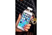 """Фирменная роскошная элитная силиконовая задняя панель-накладка-сумка украшенная стразами кристалликами и декорированная элементами в форме флакона духов для iPhone 6 4.7"""" черно-белая"""