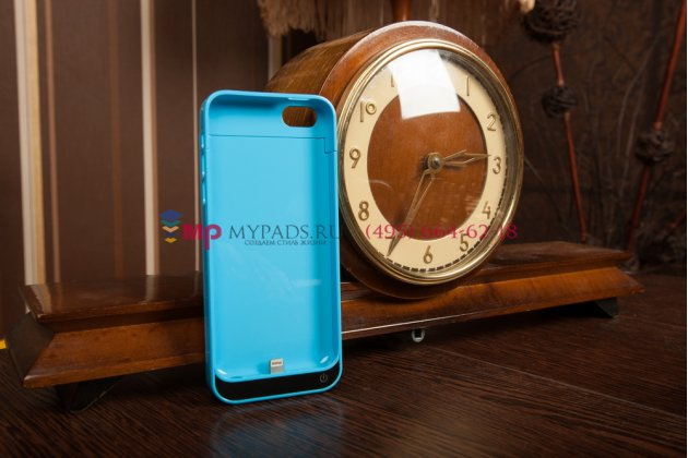 Чехол со встроенной усиленной батарей-аккумулятором большой повышенной расширенной ёмкости 2200mAh для iPhone 5C/5S/ SE/ 5SE голубой пластиковый + гарантия