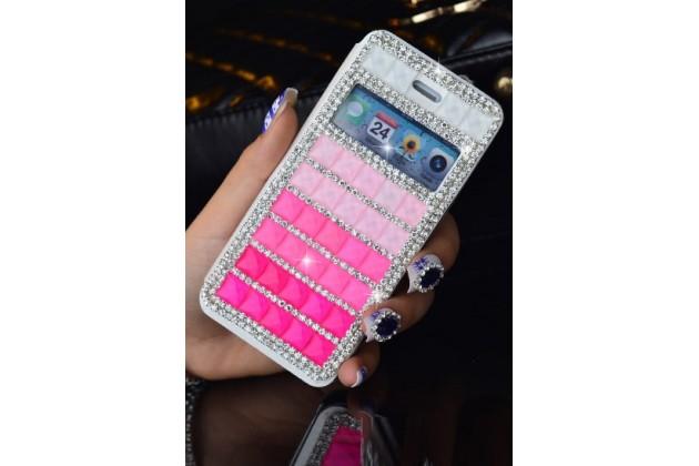 Фирменный роскошный чехол-книжка с окошком для входящих вызовов безумно красивый декорированный кристаликами на iPhone 5 / 5S/ SE/ 5SE розовый