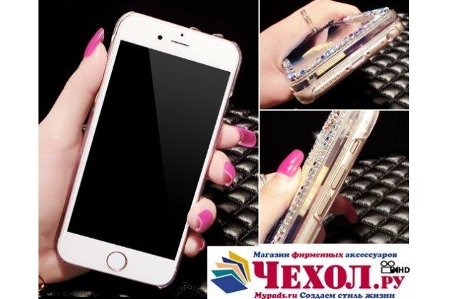 Фирменная роскошная элитная пластиковая задняя панель-накладка украшенная стразами кристалликами со втроенным АКВАРИУМОМ с уточками для iPhone 5 / 5S/ SE/ 5SE синяя