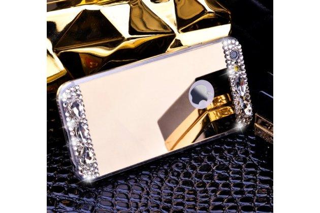 Фирменная ультра-тонкая полимерная из мягкого качественного силикона задняя панель-чехол-накладка украшенная стразами и кристаликами для iPhone 5 / 5S/ SE/ 5SE золотая