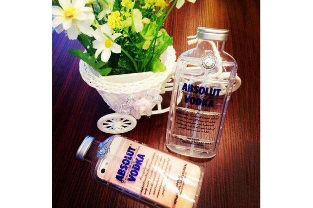 """Фирменная задняя панель-чехол-накладка с объёмным 3D изображением для iPhone 5 / 5S/ SE/ 5SE  """"тематика бутылка Водки"""" прозрачная"""