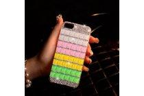 Фирменная роскошная элитная пластиковая задняя панель-накладка украшенная стразами кристалликами и декорированная элементами для iPhone 5 / 5S/ SE/ 5SE радужная