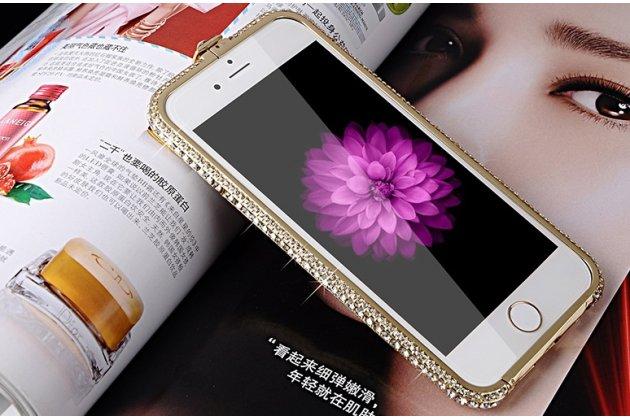 """Фирменный роскошный ультра-тонкий чехол-бампер безумно красивый декорированный кристаликами для iPhone 6S Plus 5.5"""" золотой металлический"""