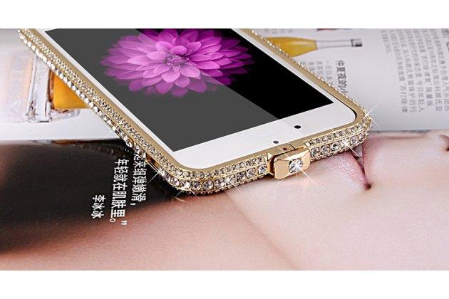"""Фирменный роскошный ультра-тонкий чехол-бампер безумно красивый декорированный кристаликами для iPhone 6+ Plus 5.5"""" золотой металлический"""