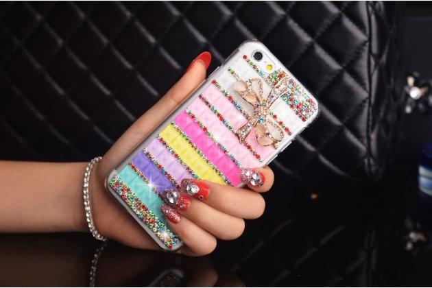 """Фирменная роскошная элитная пластиковая задняя панель-накладка украшенная стразами кристалликами и декорированная элементами для iPhone 6+ Plus 5.5"""" радужная"""