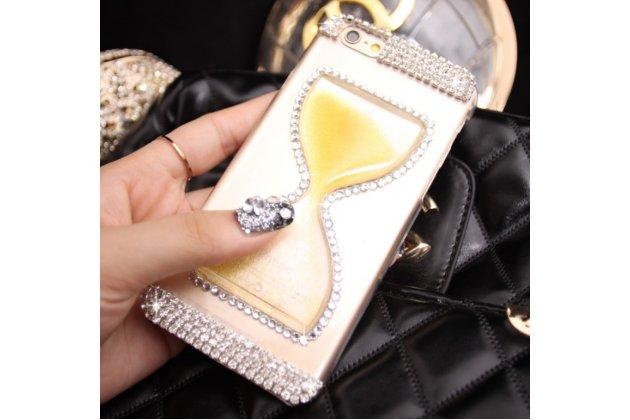 """Фирменная роскошная элитная пластиковая задняя панель-накладка украшенная стразами кристалликами со втроенным АКВАРИУМОМ в форме песочных часов для iPhone 6+ Plus 5.5"""" желтая"""
