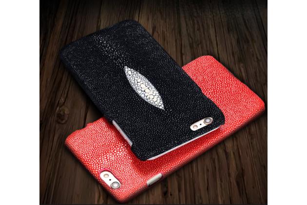 Фирменная роскошная эксклюзивная накладка  из натуральной рыбьей кожи СКАТА (с жемчужным блеском) чёрная для ASUS Zenfone 3 ZE552KL 5.5 (Z012DA / Z012DE). Только в нашем магазине. Количество ограничено