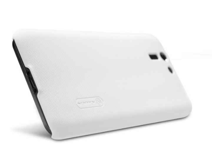 Фирменная задняя панель-крышка-накладка из тончайшего и прочного пластика для Asus Padfone S 5 PF500KL белая..