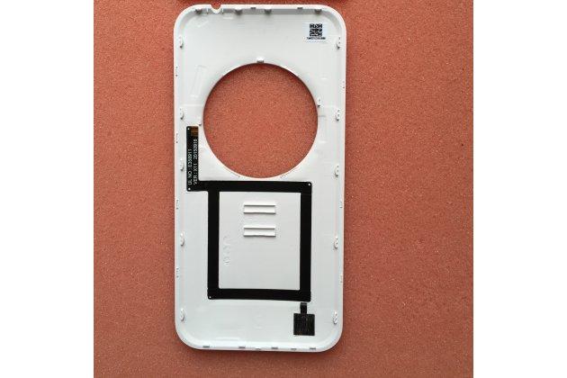 Родная оригинальная задняя крышка-панель которая шла в комплекте для  ASUS ZenFone Zoom ZX551ML / ZX550ML белая