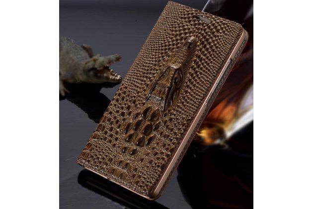 Фирменный роскошный эксклюзивный чехол с объёмным 3D изображением кожи крокодила коричневый для Asus Zenfone Max ZC550KL 5.5. Только в нашем магазине. Количество ограничено