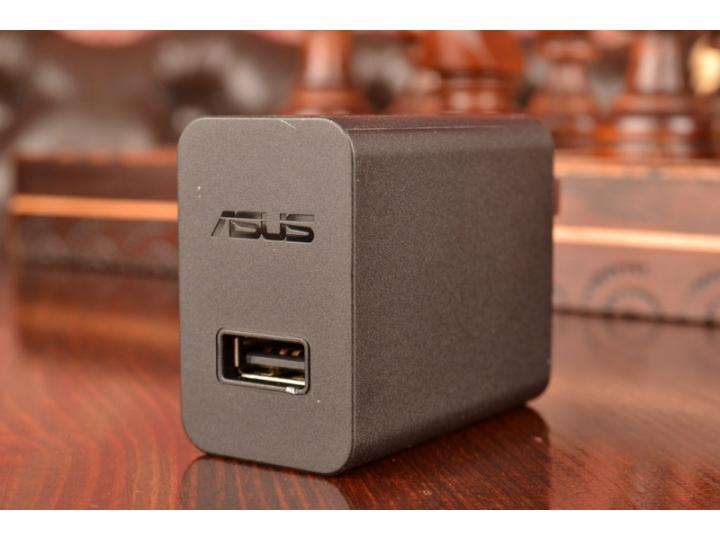 Фирменное оригинальное зарядное устройство от сети для телефона ASUS Zenfone 2 ZE551ML/ ZE550ML + гарантия..