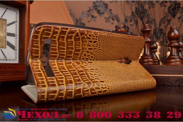Фирменный роскошный эксклюзивный чехол с объёмным 3D изображением кожи крокодила коричневый для Asus ZenFone Go ZC500TG  . Только в нашем магазине. Количество ограничено