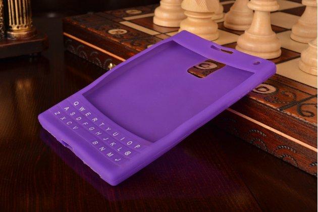 Фирменный оригинальный силиконовый  чехол-пенал для Blackberry Passport Q30 с 3D клавиатурой и защитой кнопок от пыли и воды фиолетовый