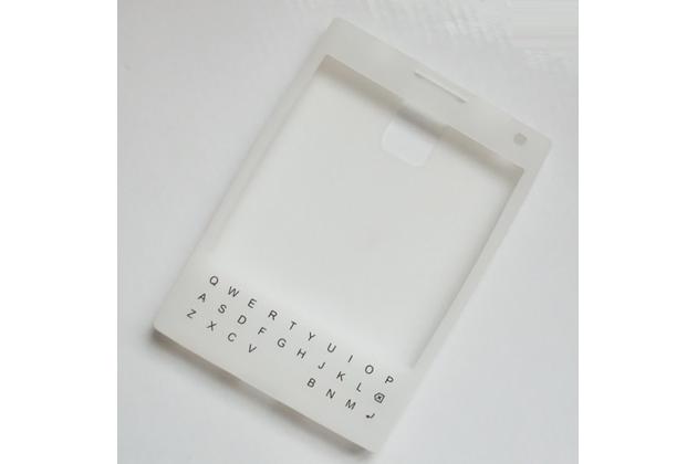 Фирменный оригинальный силиконовый  чехол-пенал для Blackberry Passport Q30 с 3D клавиатурой и защитой кнопок от пыли и воды белый