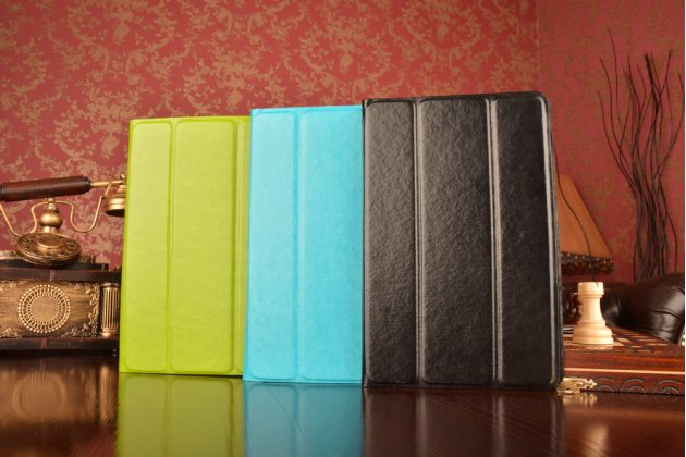 Чехол с вырезом под камеру для планшета ExplayS02 с дизайном Smart Cover ультратонкий и лёгкий. цвет в ассортименте