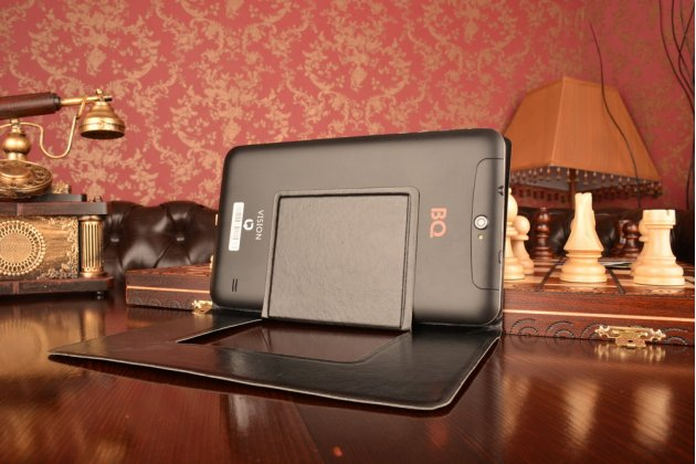 Чехол с вырезом под камеру для планшета Digma iDsQ7 3G с дизайном Smart Cover ультратонкий и лёгкий. цвет в ассортименте
