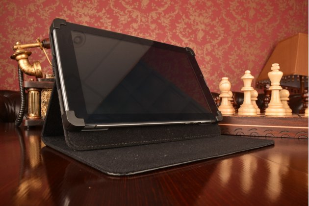 Чехол-обложка для планшета HighscreenAlpha Tab с регулируемой подставкой и креплением на уголки