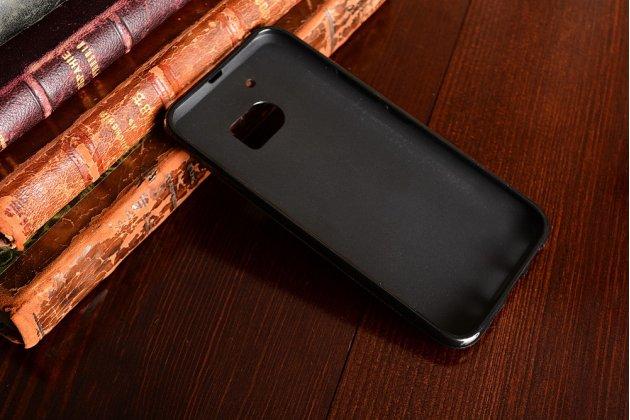 """Фирменная ультра-тонкая силиконовая задняя панель-чехол-накладка для  HTC 10 / HTC One M10 / Lifestyle 10 5.2"""" черная"""