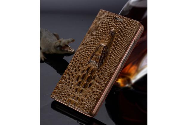Фирменный роскошный эксклюзивный чехол с объёмным 3D изображением кожи крокодила коричневый для HTC Bolt/HTC Desire 10/ Desire 10 Lifestylle . Только в нашем магазине. Количество ограничено