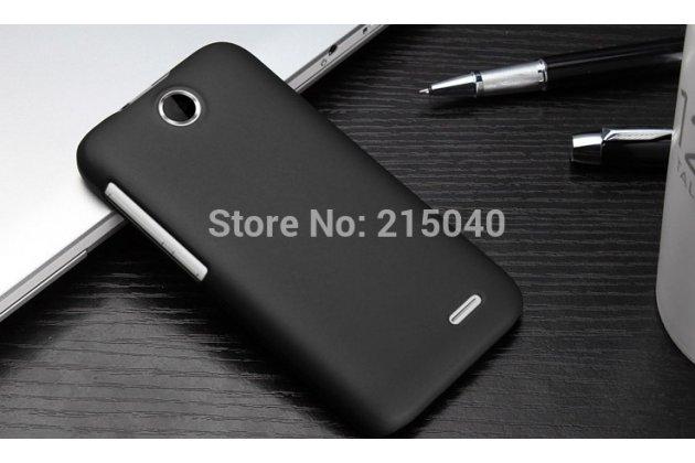 Фирменная задняя панель-крышка-накладка из тончайшего и прочного пластика на HTC Desire 310 Dual Sim черная
