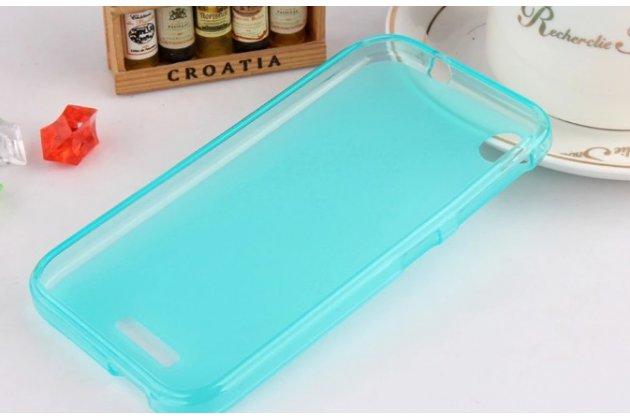 Фирменная ультра-тонкая полимерная из мягкого качественного силикона задняя панель-чехол-накладка для HTC Desire 320 голубая