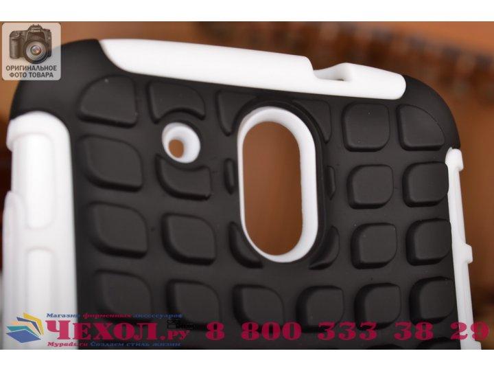 Противоударный усиленный ударопрочный фирменный чехол-бампер-пенал для HTC Desire 326G Dual Sim белый..