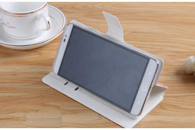 """Фирменный уникальный необычный чехол-книжка для HTC Desire 700 """"тематика Радужные Бабочки"""""""