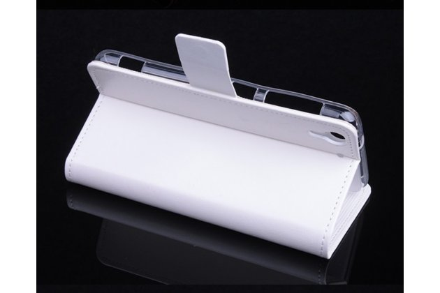 Фирменный чехол-книжка из качественной импортной кожи с подставкой застёжкой и визитницей для HTC Desire Eye белый