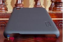 Фирменная задняя панель-крышка-накладка из тончайшего и прочного пластика для HTC Desire 826 черная