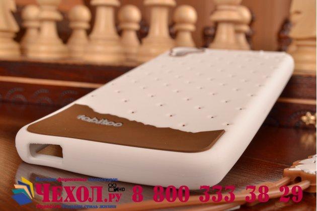 """Фирменная необычная уникальная полимерная мягкая задняя панель-чехол-накладка для HTC Desire 826 """"тематика Андроид в Белом Шоколаде"""""""
