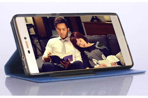 """Фирменный оригинальный чехол-книжка для HTC Desire 830 Dual Sim 5.5"""" синий с окошком для входящих вызовов водоотталкивающий"""