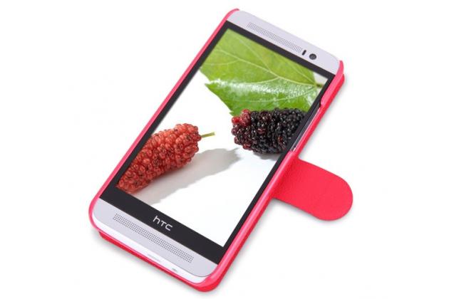 Фирменный чехол-книжка для HTC One E8 красный с окошком для входящих вызовов водоотталкивающий