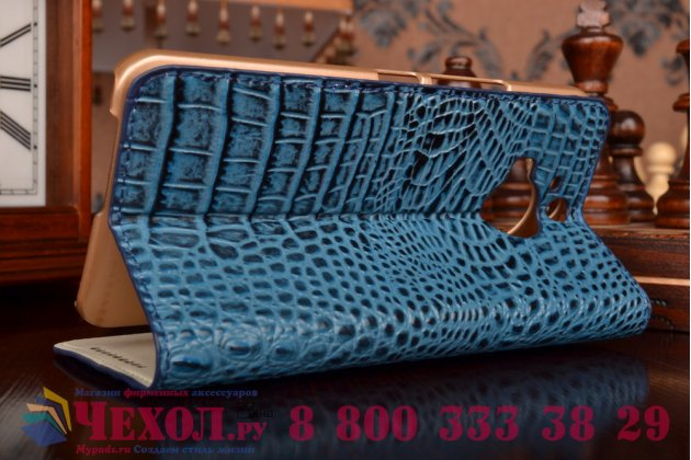 Фирменный роскошный эксклюзивный чехол с объёмным 3D изображением рельефа кожи крокодила синий для HTC One M9 Plus . Только в нашем магазине. Количество ограничено