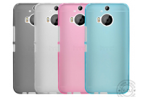 Фирменная ультра-тонкая полимерная из мягкого качественного силикона задняя панель-чехол-накладка для HTC One M9 Plus белая