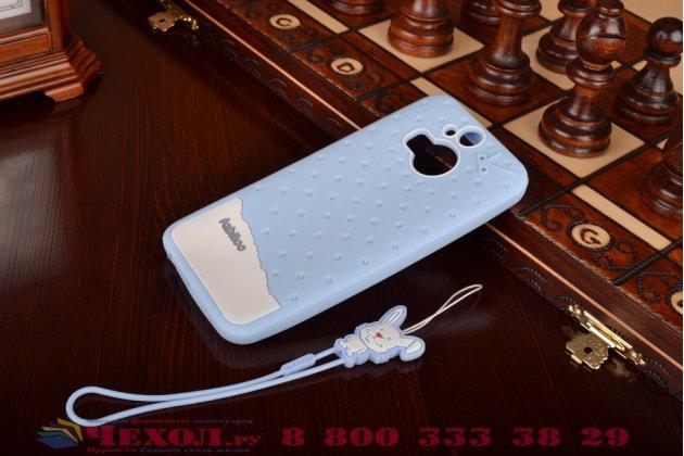 """Фирменная необычная уникальная полимерная мягкая задняя панель-чехол-накладка для HTC One M9 Plus """"тематика Андроид в черничном  Шоколаде"""""""