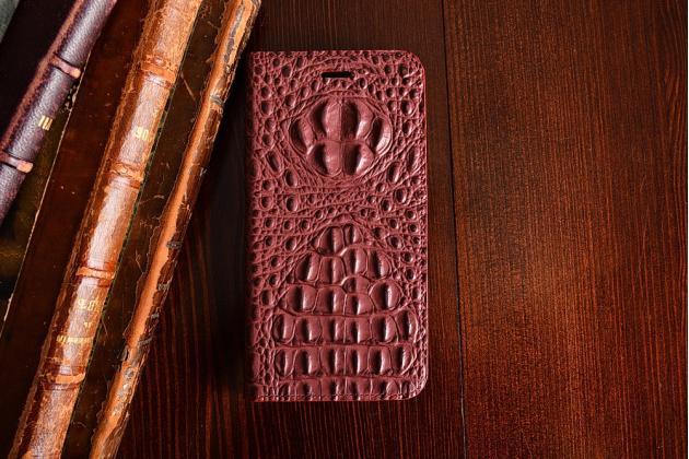 Фирменный роскошный эксклюзивный чехол с объёмным 3D изображением рельефа кожи крокодила цвет красное вино для HTC U11 . Только в нашем магазине. Количество ограничено