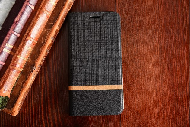 Фирменный чехол-книжка с визитницей и мультиподставкой на жёсткой металлической основе для HTC U11 черный из настоящей джинсы