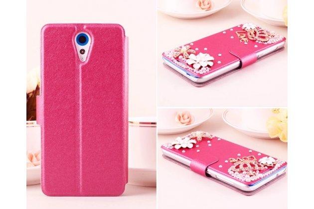 Фирменный роскошный чехол-книжка безумно красивый декорированный бусинками и кристаликами на HTC Desire 620G Dual Sim