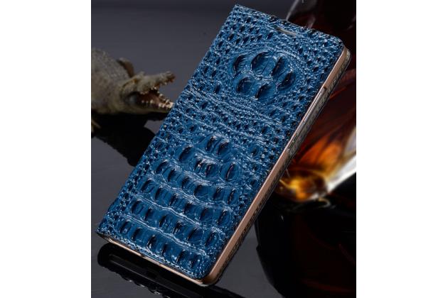 Фирменный роскошный эксклюзивный чехол с объёмным 3D изображением рельефа кожи крокодила синий для HTC Desire Eye M910X . Только в нашем магазине. Количество ограничено