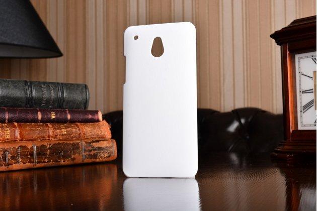 Фирменная задняя панель-крышка-накладка из тончайшего и прочного пластика для HTC One Mini белая
