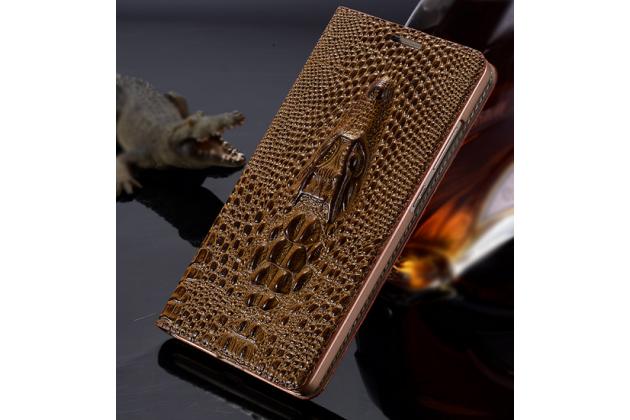 Фирменный роскошный эксклюзивный чехол с объёмным 3D изображением кожи крокодила коричневый для Huawei Ascend G8/G7 Plus/GX8 . Только в нашем магазине. Количество ограничено